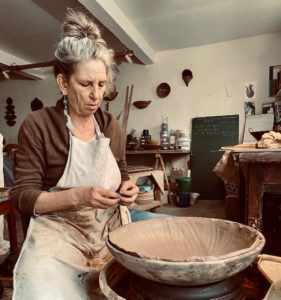 Portrait Johanna | Johanna Grothendieck | Johanna Grothendieck | Atelier | Terre et Terres | 21 mars 2020