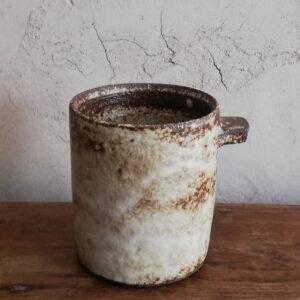 tasse a cafe t noire | Sylvie Delphaut | tasse à café expresso en grès noir | Produit | Terre et Terres | 10 décembre 2020