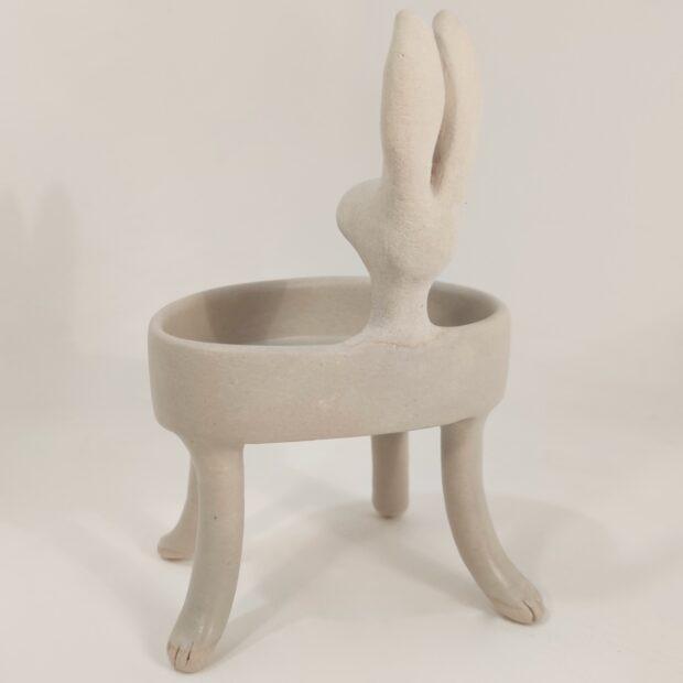 Baigneuse lievre2 | Hilde Segers | La baigneuse | Produit | 75,00€ | 35776618 | Sculpture en grès blanc | Circaterra Céramique - Hilde Segers | Terre et Terres | 10 décembre 2020