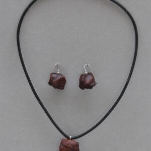 ChrisGullon collier BO 0076 | Chris Gullon | Parure : collier et BO, perles en terre patinée | Produit | Terre et Terres | 17 décembre 2020