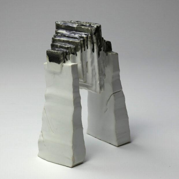 StoneWar 1 3 scaled | Eric Faure | StoneWar 1 | Produit | 120,00€ | 32787224 | Sculpture en porcelaine émaillée | Eric Faure | Terre et Terres | 10 décembre 2020