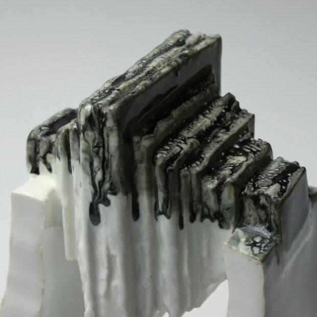 StoneWar 1 5 scaled | Eric Faure | StoneWar 1 | Produit | 120,00€ | 32787224 | Sculpture en porcelaine émaillée | Eric Faure | Terre et Terres | 10 décembre 2020