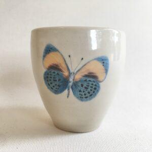 Tasse papillon bleu 1 | Terre et Terres | Exposition En Ligne | Boutique | Page | Terre et Terres | 12 décembre 2020